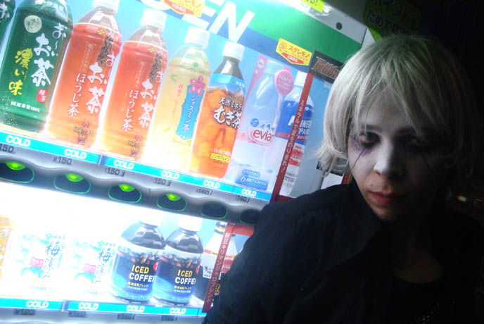 Vending machines in Tokyo, lighted Japanese drink machines. Ghost makeup, Halloween white wig, scary eyeshadow and facepaint. Alamode night, Club Crawl Shibuya. Tokyo Japan industrial hardcore gabber nightclub, music, concerts. Best dance parties in Japan. DJ Sisen, Chihiro, Takuya Angel, Tetra, Kanon, D's Valentine Goth party.