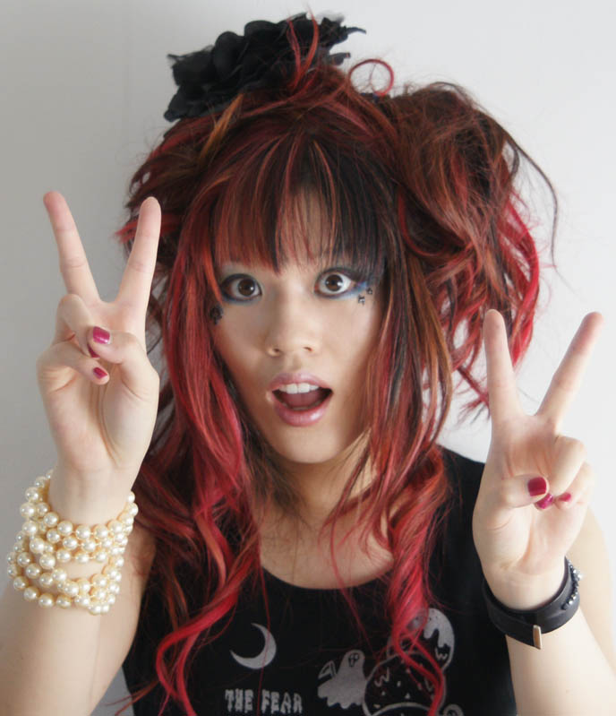 why asians chinese pose with victory finger sign, peace sign when taking photos, FUNNY, CUTE ASIAN POSES: V-FINGERS, POINT TO CHEEK, NYAH CAT PAWS, HEART SHAPED HANDS, La Carmina, gothic lolita hair, pink hairstyle, rococo marie antoinette updo haircut, Japanese visual kei hair, Harajuku fashion makeup, accessories Victorian, pretty lolita models