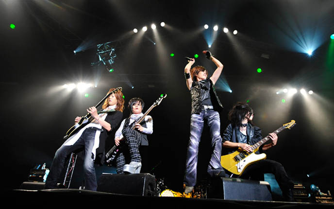 La'cryma Christi live performance at V-rock Visual Kei festival, Tokyo Japan. MOI DIX MOIS, MARILYN MANSON, ALI PROJECT, PLASTIC TREE, THE GAZETTE, Chiba, D'espairs Ray, heidi., Vidoll, SuG, ALI PROJECT, TSUCHIYA ANNA