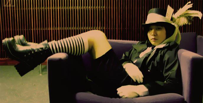 Kodona boystyle male Gothic Lolita fashion, cross-dressing, elegant goth aristocrat, mana-sama moi meme moitie, Alice and the Pirates clothing and shopping, where to buy Gothloli clothes in America