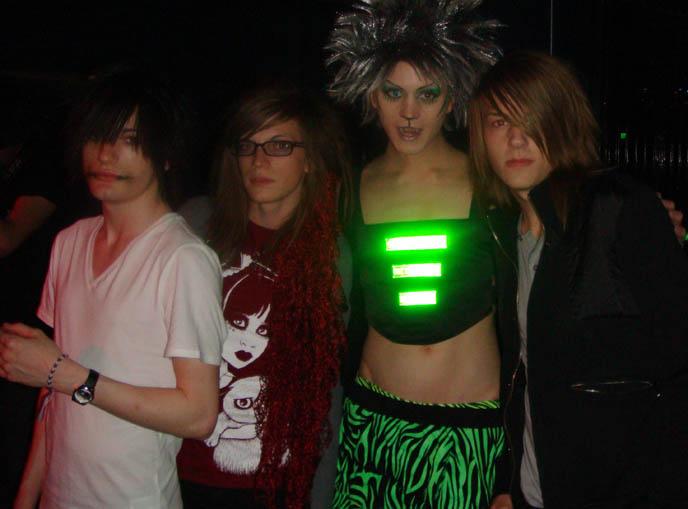 LOS ANGELES GOTH NIGHTCLUBS: CLUB HELL, BAR SINISTER. GOTHIC INDUSTRIAL FETISH EVENTS IN HOLLYWOOD, CA. club fashion, clothing gothic la, gothic bars in los angeles, west hollywood, burlesque dark fetish nights, cute emo boys, drag queen shows