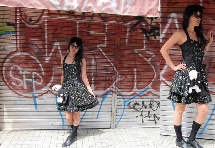 harajuku street snaps, street fashion tokyo japan, gothic lolita, h naoto and innocent world brand dresses, where to buy lolita clothes online, cheap lolita fashion accessories, closet child, takeshita doori.