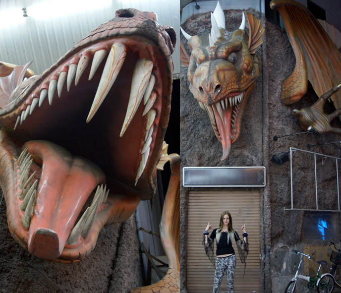 big dragon statue, spot the magic dragon, giant mouth with fangs, life sized dragon in japan, BAR MIDIAN IN OSAKA, OWNED BY FUKI OF VISUAL KEI BAND BLOOD. HARD ROCK HEAVY METAL gothic BARS IN JAPAN, JROCK VK HANGOUTS. キッチュ. japanese dive bars, rock concerts performances