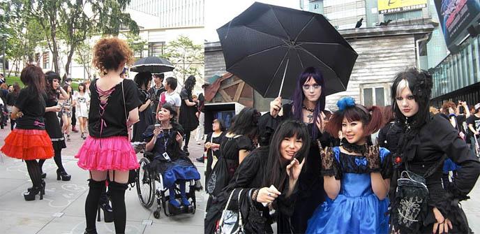 MALICE MIZER REUNION! MOI DIX MOIS 2010 CONCERT, MANA KOZI YUKI REUNITED: DEEP SANCTUARY II IN TOKYO. Gothic Lolita fans of mana-sama, ega egl, elegant goth fashion japan, japanese visual kei legend, gackt klaha, band members of malice mizer