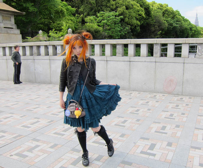 NEW TOKYO TV HOSTING JOB: DUTCH PEPSI WEB EPISODES ABOUT JAPAN POP CULTURE & FASHION! vkmag watkijkji TV show, pepsi pick a new address, contest, AMSTERDAM, NETHERLANDS TRAVEL HOST. Gothic Lolita turquoise dress, rare JSK, carina e arlequin, jingu bridge harajuku street style, jingubashi, harajuku cosplayers, tokyo crazy teen fashion