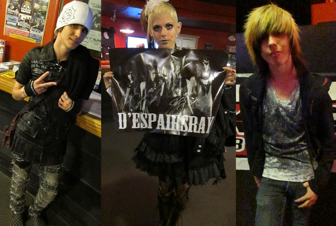 jrock downloads, visual kei mp3s, D'ESPAIRSRAY CONCERT REVIEW & LIVE PHOTOS! TICKETS FOR JROCK VISUAL KEI CONCERTS IN USA, AMERICA. ヴィジュアル系 visual bands japan fashion, mp3, downloads, despairs ray, despairsray performance, human-clad monsters world tour, Japanese or Visual Kei Style Goth Girl