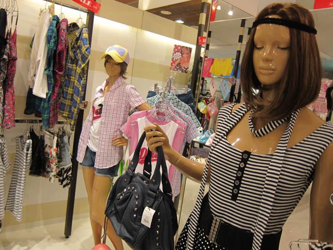 EGG STORE IN STUDIO ALTA IKEBUKURO: GYARU GAL CLOTHES SHOPPING IN TOKYO, TRENDY YOUNG WOMEN'S JAPANESE BOUTIQUE. Egg Magazine, ganguro, yamanba, yamamba, blackface japan girls, big eyes kawaii eyelashes, TOKYO CLOTHING STORES. shopping guide tokyo, japanese tokyo alternative clothes, women's designer brand clothing, department stores japanese labels