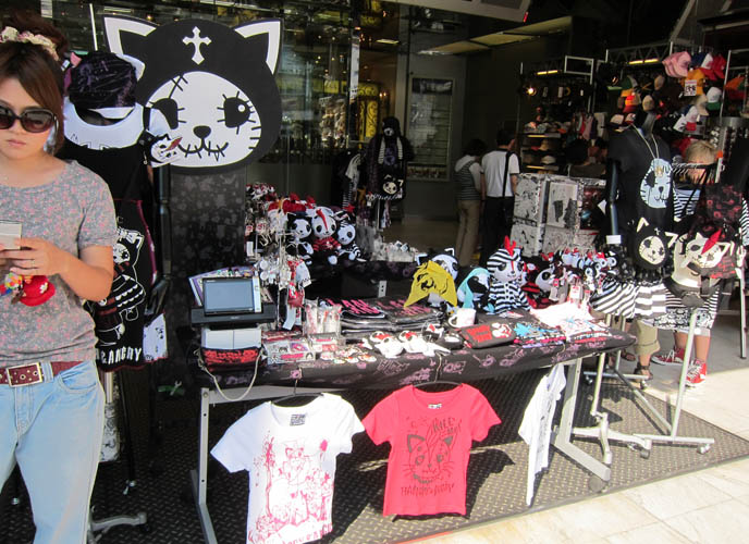 HANGRY & ANGRY cat brand, two undead gothic cats, H.NAOTO POP UP STORE, STUDIO ALTA. SEX POT REVENGE HARAJUKU, BUY PUNK CLOTHING JAPAN. Male rock jrock clothes, boutiques, sexpot fashion, cute kawaii cats brand mascots, japanese gal gyaru shops, shinjuku tokyo