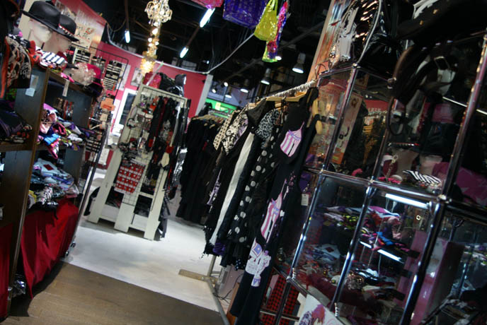 OSAKA LOLITA SHOPPING: GOTHIC SWEET LOLITA DRESSES & JAPAN MENS PUNK ROCK CLOTHING. JAPANESE STREETWEAR STORES. BODYLINE, SWEET & GOTHIC LOLITA DRESSES, JSK, BUY CUTE JAPANESE GIRLS ACCESSORIES & CLOTHING. cheap discount lolita clothes, DANGEROUS NUDE, SEX POT REVENGE MENS & WOMEN'S CLOTHING OSAKA. Kansai umeda SHOPPING DISTRICT: SHINSAIBASHI GOTHIC LOLITA JAPANESE PUNK SHOPS, BEST CLOTHING BOUTIQUES, FASHION GUIDE. JAPANESE young girls CLOTHING FASHION BRANDS, STYLISH STREETWEAR IN SHINJUKU TOKYO. goth alternative stores, punk clothing, listen flavor, peace now, womenswear japan, teen lolitas, wholesale kawaii jewelry, asia fashion retailers, online shops