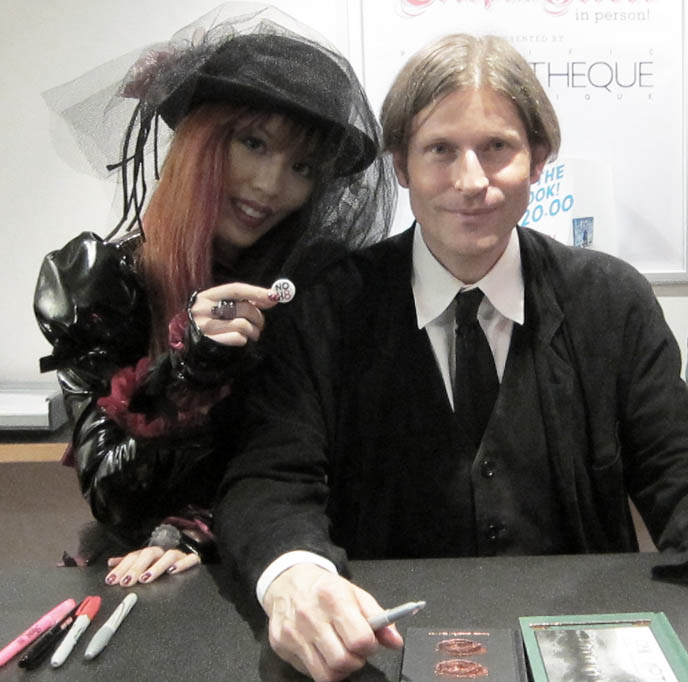 big japanese eyes makeup, PINK LEOPARD PRINT NAIL ART, RED BLACK, how to do leopard nails, nail polish inspiration, CRISPIN HELLION GLOVER: FILM SCREENING & BOOK SIGNING TOUR. LIP SERVICE NOCTURNAL RENDEZVOUS, CYBERGOTH JACKET & MINI-SKIRT. weird films, INTERVIEW WITH CRISPIN GLOVER: ACTOR, DIRECTOR. TOUR DATES: WHAT IS IT, IT IS FINE, EVERYTHING IS FINE, BIG SLIDE SHOW, knave of hearts in alice in wonderland, friday the 13th part 4, creepy actor, goth eccentric character, thin man charlie's angels, back to the future, crispin hellion glover, willard, tickets for screenings USA, tour dates alternative film festival