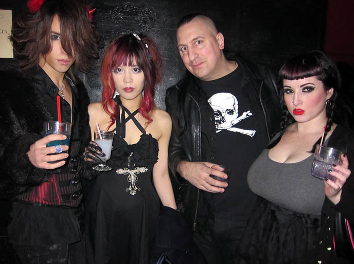 LA GOTH PARTIES: BAR SINISTER HOLLYWOOD, NEW YEAR'S DAY EVENT. BEST JAPANESE PARTY HOSTS EVER. セバスティアーノ セラフィニー luca student nihonjin no shiranai nihongo日本人の知らない日本語 gothic industrial nightlife los angeles, california industrial music bands, concerts