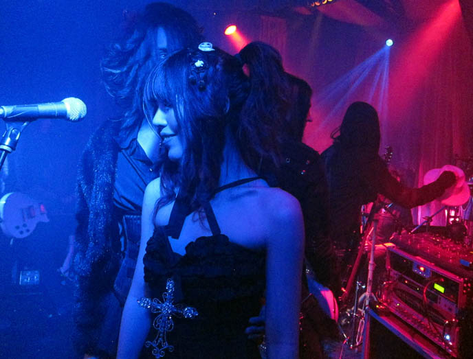 relationship status, sexual orientation, LA GOTH PARTIES: BAR SINISTER HOLLYWOOD, NEW YEAR'S DAY EVENT. ALTERNATIVE INDIE ROCK CONCERTS, BEST JAPANESE PARTY HOSTS EVER. セバスティアーノ セラフィニー luca student nihonjin no shiranai nihongo日本人の知らない日本語 gothic industrial nightlife los angeles, california industrial music bands, concerts