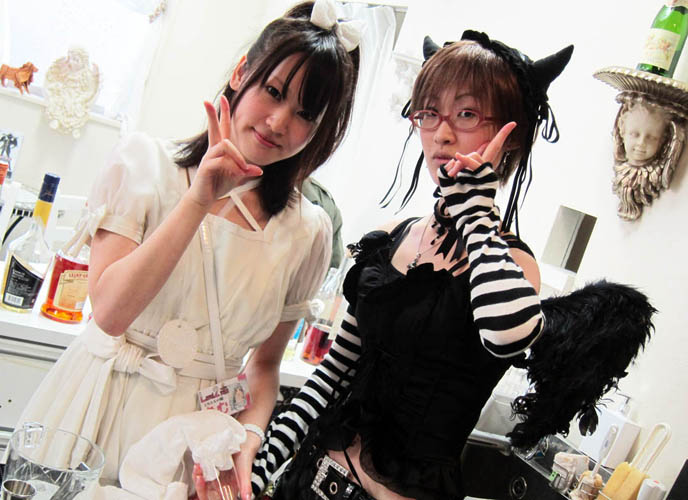 PHOTOS OF JAPAN MAID CAFES: PRETTY JAPANESE GIRLS IN AKIHABARA, TOKYO. COSPLAY FRENCH MAIDS, OTAKU SUBCULTURES. cosplay, cute, girls, japan, japanese, kawaii, La Carmina, lacarmina, maid cafe, maids, theme restaurants, tokyo-japan, otaku culture, anime, manga, weird, halloween costumes meido