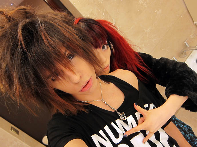 la carmina boyfriend, who is lacarmina dating, DNR, DREAMS NOT REALITY, ITALIAN VISUAL KEI BAND: SEBASTIANO SERAFINI IS NEW VOCALS & KEYBOARDS MEMBER, RUSSIA TOUR, dnr, euro visual, european jrock bands, dnr kira, axia, seba, vocals singer, keyboardist, notta rosa, italian visualkei, goth electro music, luminor cinema bizarre, italian rock bands, Music, Lyrics, Songs, and Videos, mp3, download dnr songs